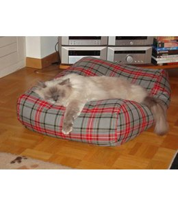 Dog's Companion Cat bed scottish grey