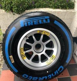 Formule 1 - 2015 - Tyre complete on wheel KAVEL 43793883