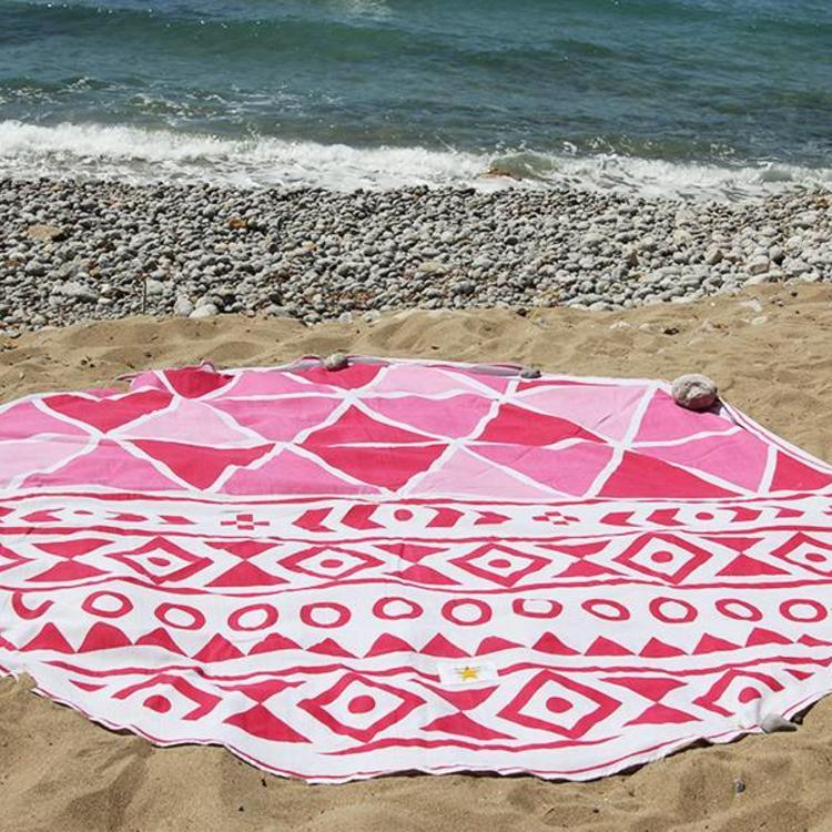 68b2da10059 Mycha Ibiza – roundie - rond strandlaken – 100% katoen – cala aztec 1 – roze