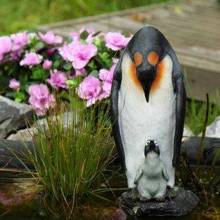 Märchenwald Pinguin mit Baby Showmuster