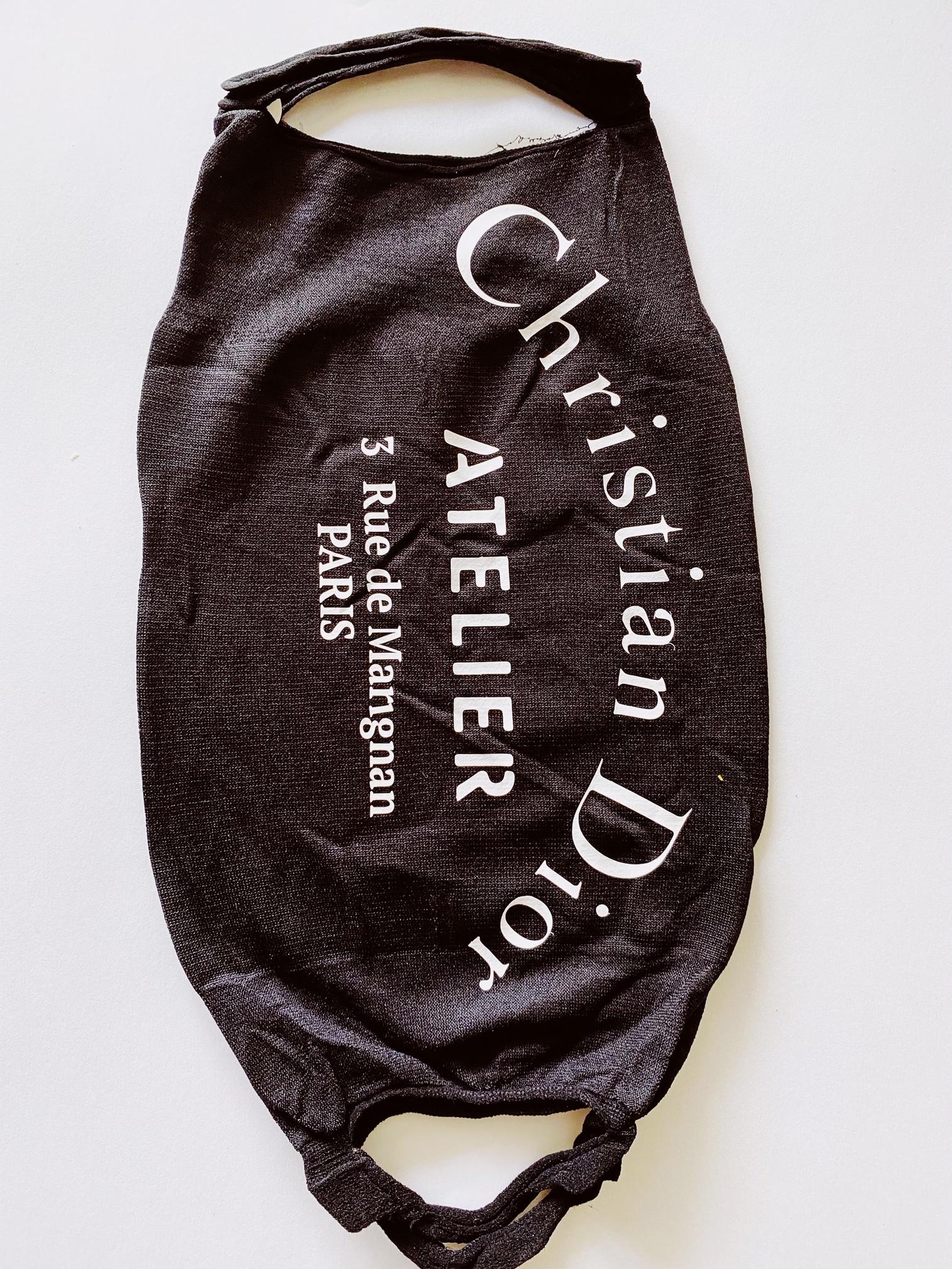 mond masker aan 2 kanten een print! zwart