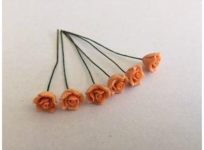 Euromini's EM4734 Oranje rozen