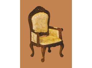 Euromini's Vict. stoel met dichte armleuningen, noten
