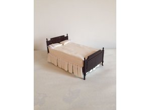 AM026 donker mahonie bed AFM: 18x11x10 cm