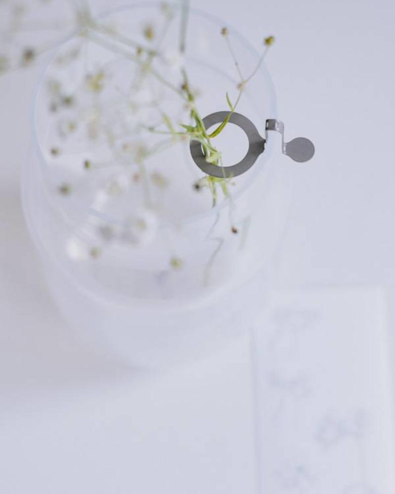 Eineblumehalter aus Edelstahl