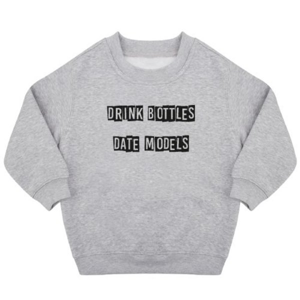 DRINK BOTTLES DATE MODELS SWEATER