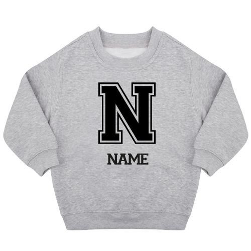 KIDZ DISTRICT VARSITY NAME SWEATER (GEPERSONALISEERD)