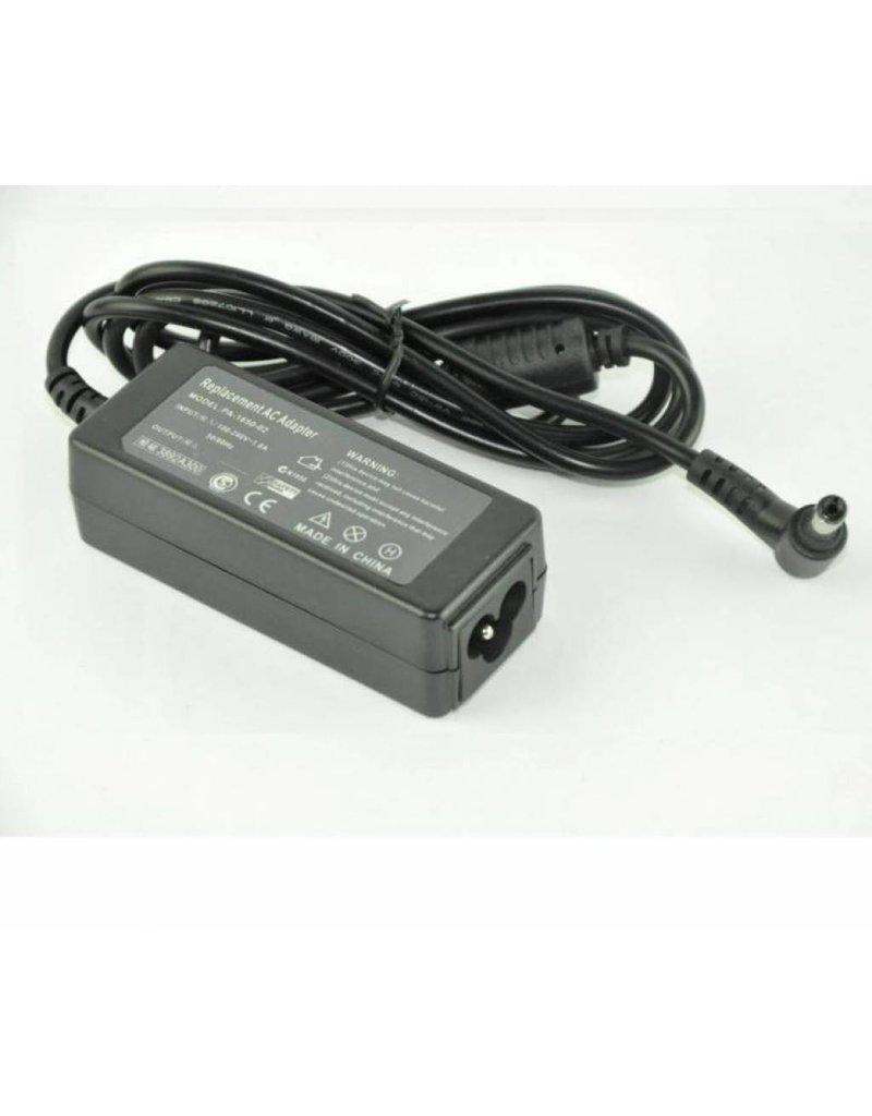 HP/Compaq Mini AC Adapter 19.0V 1.58A 30W