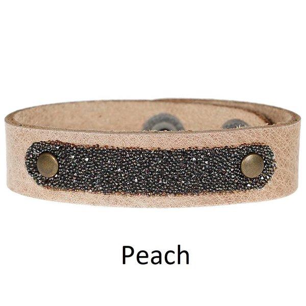 Pimps & Pearls Pimps & Pearls Moesss Have Uno Swarovski