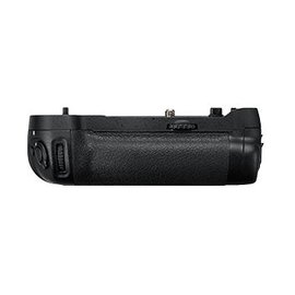 Nikon Occasion: MB-D17 battery pack