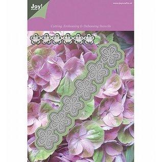 Bloemenmal met losse blaadjes binnenin