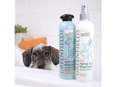 Vacht Verzorgingsset voor Teckel / Dachshund - Greenfields Shampoo en Spray  voor Gezonde en Zachte Vacht