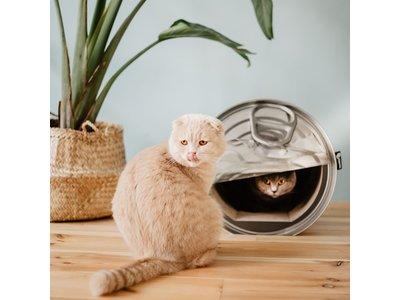 Krabmeubel voor Katten in vorm van Conservenblik - District 70 Kattenbed - 36.5x40x38cm