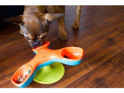 Triple Treater Totter interactieve hondenpuzzel