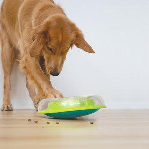 Interactieve hondenpuzzel vulbaar met snacks voor beginnende honden - Outward Hound Wobble Bowl