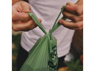 Extra Grote en  Sterke Poepzakjes met Hengsel - 33 x18 cm - 120 stuks per verpakking - Beco Poop Bags
