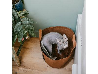 Stevige, duurzame en industriële kattenmand van Papier - District 70 - 40x40x25 in Bruin of Cognac