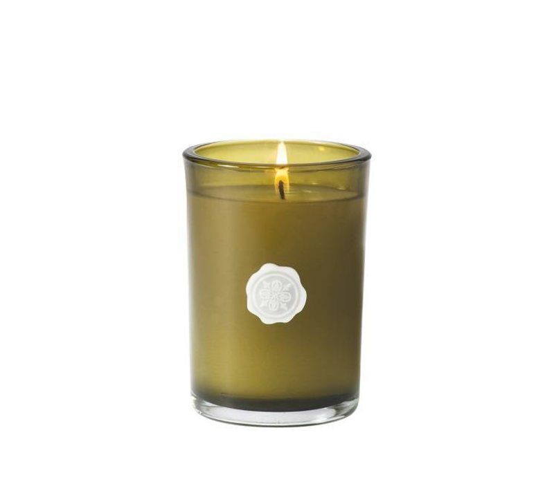 White Amaryllis & Rosemary Small Round Candle