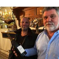 Donderdag 17 september opent Restaurant CRU opnieuw haar deuren (Chef Alan de Vries (L) en Sommelier Pieter Dijkhuizen)