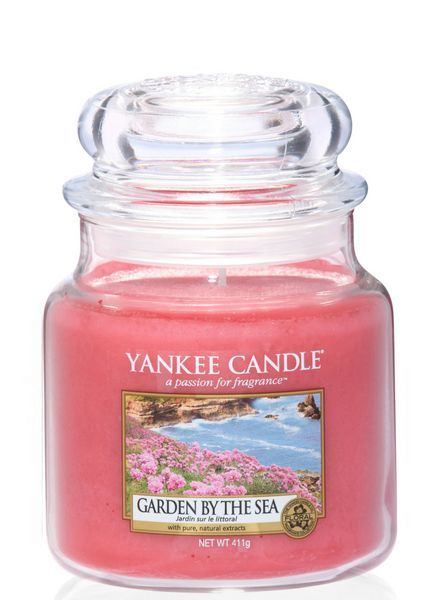 Yankee Candle Garden By The Sea Medium Jar