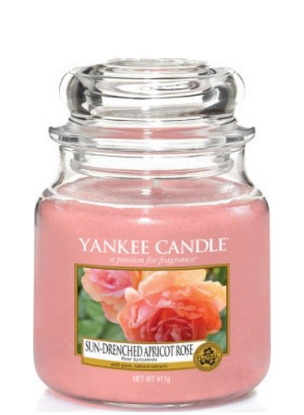 Yankee Candle Yankee Candle Sun Drenched Apricot Rose Medium Jar