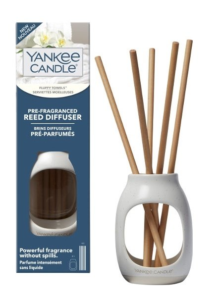 Yankee Candle Fluffy Towels Pre-Fragranced Reed Diffuser Starter Kit