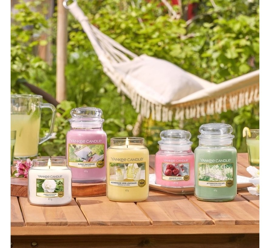 Yankee Candle Yankee Candle Afternoon Escape Medium Jar
