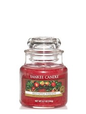Yankee Candle Red Apple Wreath Small Jar