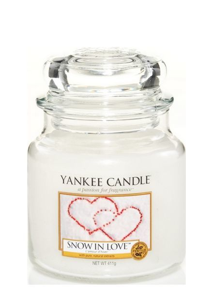 Yankee Candle Snow In Love Medium Jar