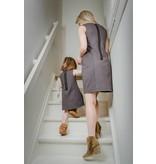 Me and Mini-Me Moeder-dochter set Grijze jurk met zwarte rits
