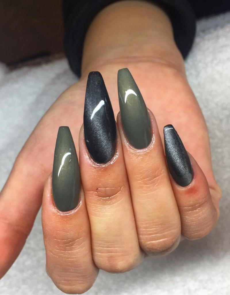 Gel Polish Metallic Grey