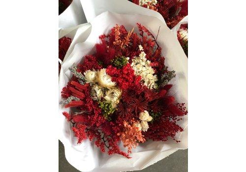 Strauß aus Trockenblumen in Rot/Weiß