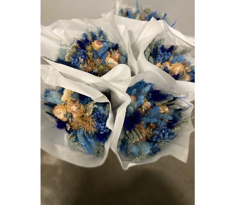 1 Strauß aus Trockenblumen in den Farben Blau