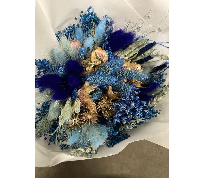 1 Strauß aus Trockenblumen in den Farben Hell Blau