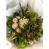 1 Strauß aus Trockenblumen in den Farben Grün