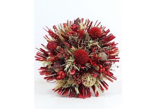 Großer Strauß aus Trockenblumen in Rot