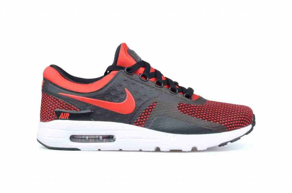 buy online 339f7 9df2d Nike Air Max Zero Essential - Sizes 10 and up