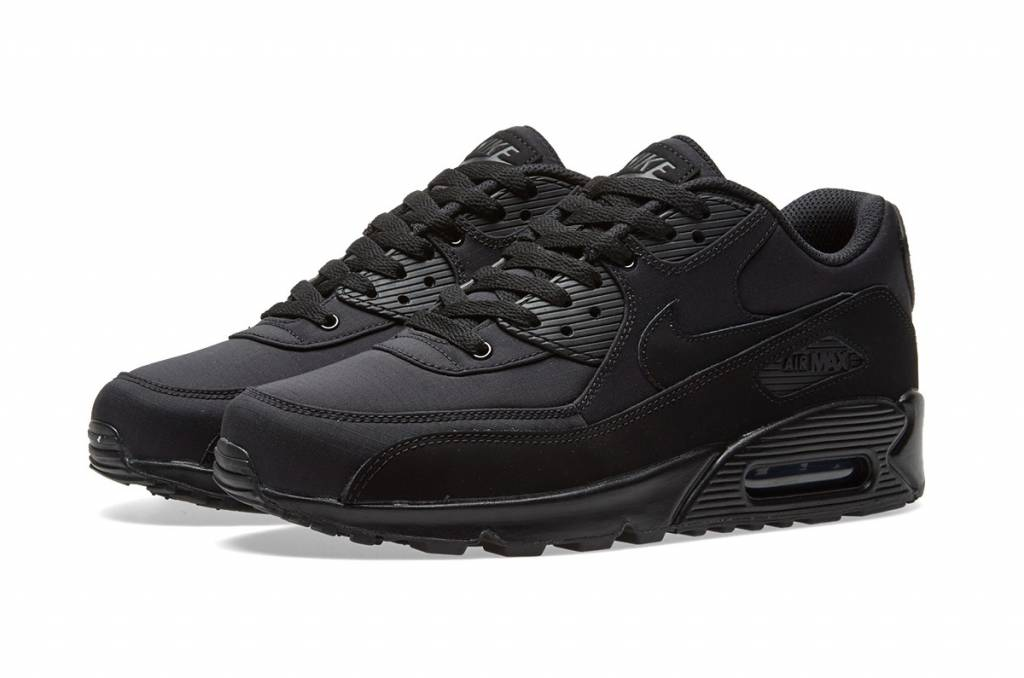 c002b68577 Nike Air Max 90 Essential - Sizes 10 and up - Tenandup