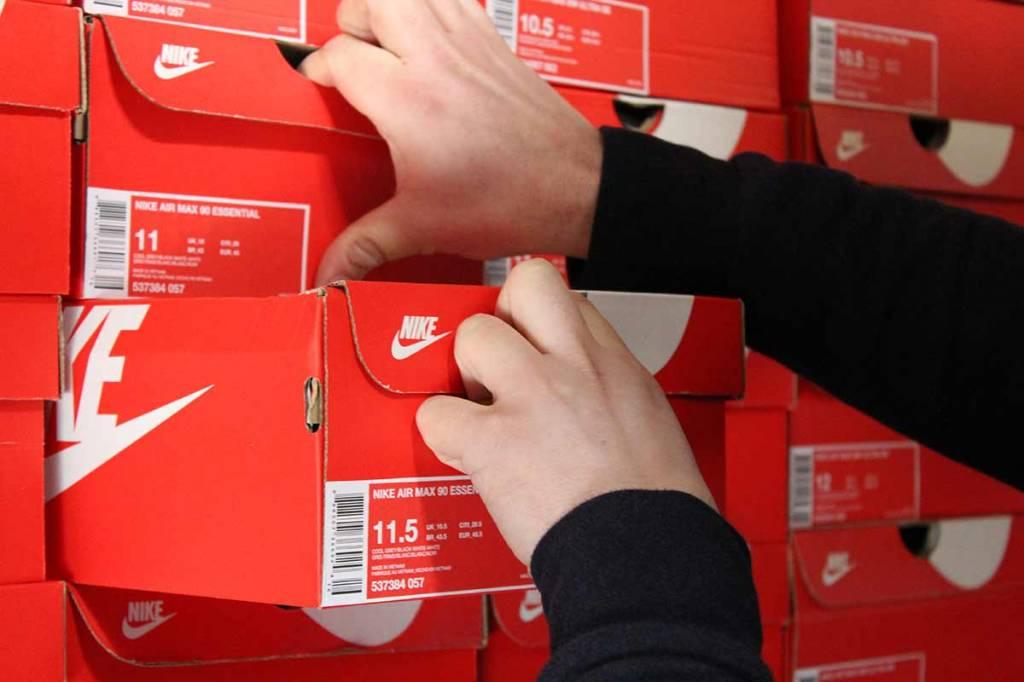 Opzoek naar Grote Maten Sneakers? Hier bestel je ze!