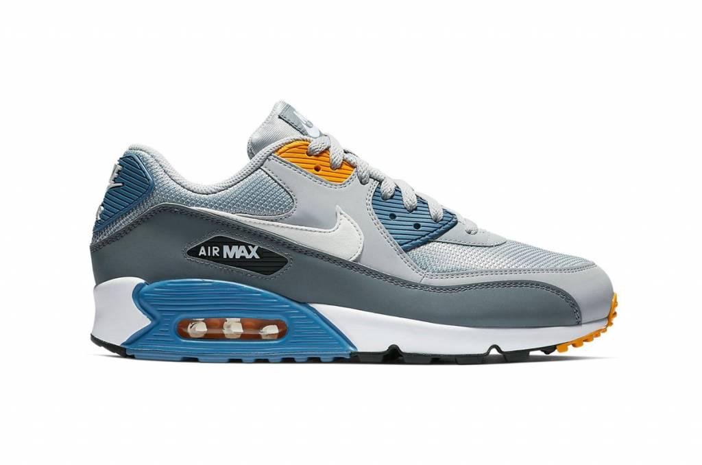 no sale tax ec639 49a52 Nike Air Max 90 Essential (Wolf Grey) AJ1285-016