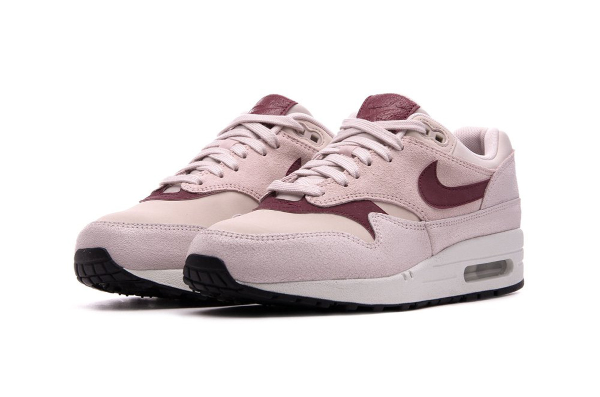 Nike Air Max 1 PRM WMNS (Barely Rose) 454746-604