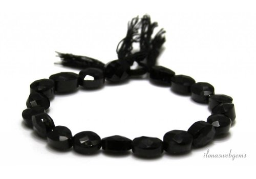 Zwarte Spinel kralen facet ovaal 8x6.5mm