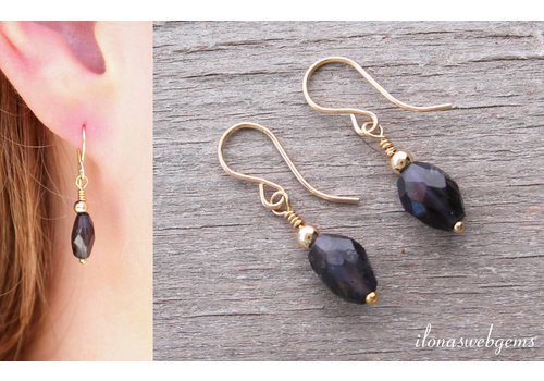 Inspiration: Earring with faceted beads