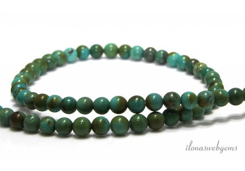 Türkisfarbene Perlen von ca. 4,2 bis 5,5 mm