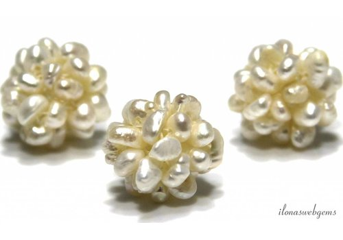 Freshwater pearls beads around 15mm