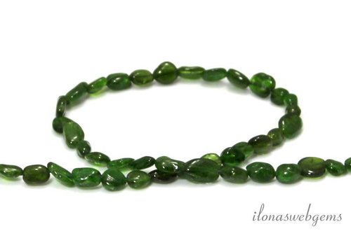 Diopside beads nugget approx. 7x6mm