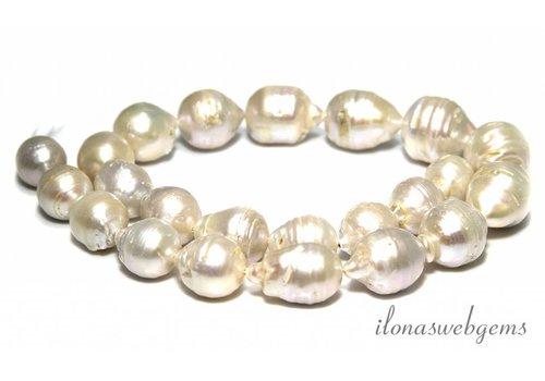 Baroque pearls - Copy