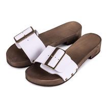 Kleppers/slippers wit met brede gesp
