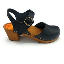 Black nubuck heel