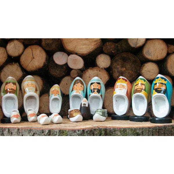 Woodenshoe christmas group 16pcs